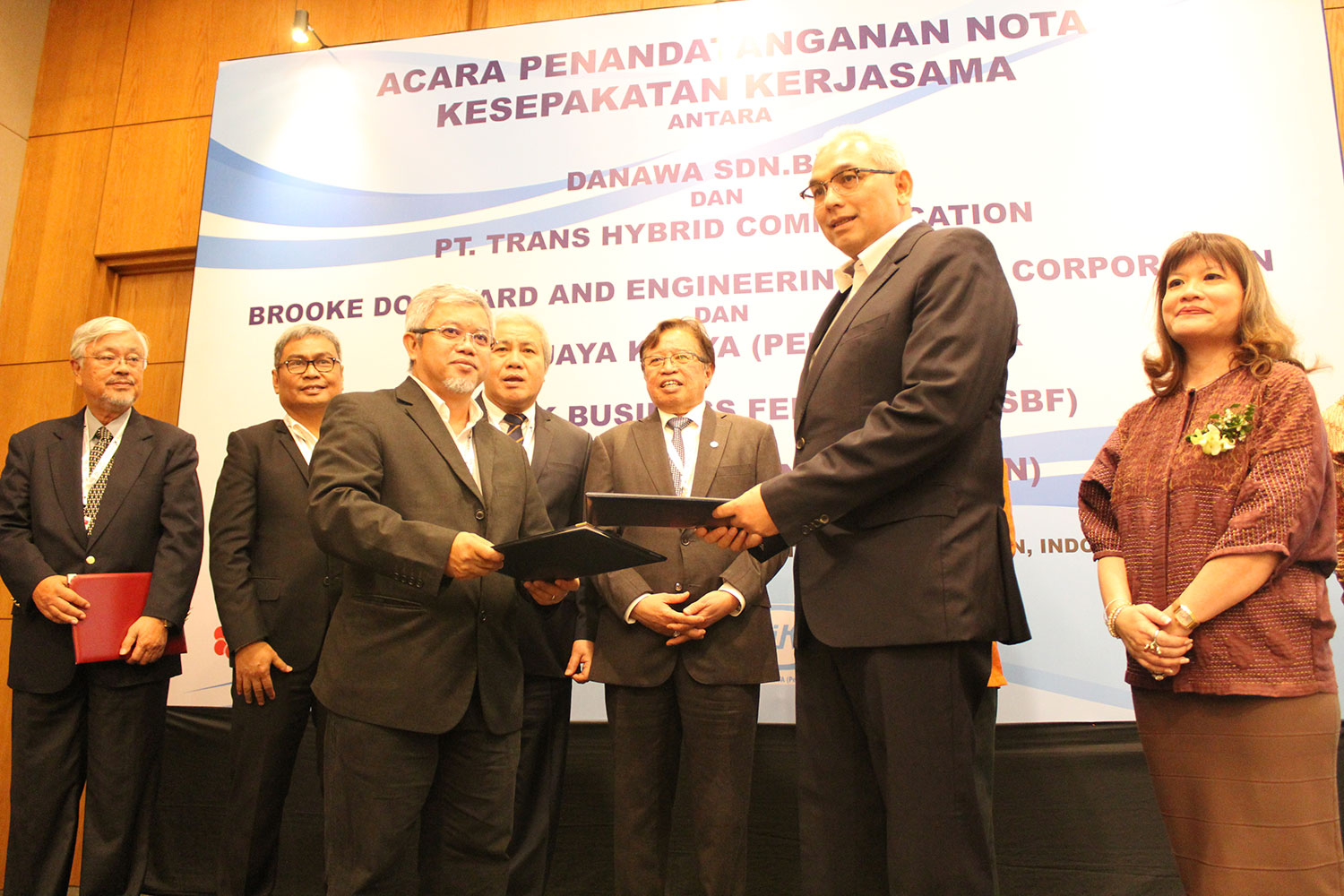 SIGNING OF MEMORANDUM OF AGREEMENT (MoA) BETWEEN  DANAWA RESOURCES SDN BHD  AND  PT TRANS HYBRID COMMUNICATION